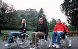 celebrity_wheelchair_challenge